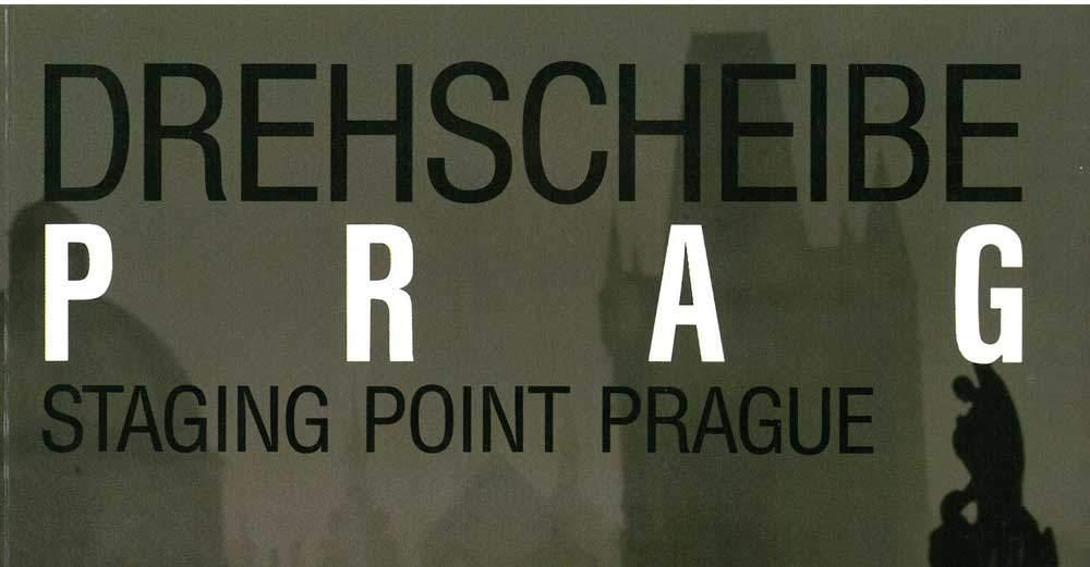 Katalog zu der Ausstellung Drehscheibe Prag. Deutsche Emigranten 1933-1939 des Adalbert Stifter Vereins (1989). Die Ausstellung beleuchtete auch Erika Mann und die Tschechoslowakei.