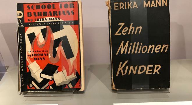 School for Barbarians, Erika Mann über die Pädagogik und Erziehung im Nationalsozialismus.Blick in die Erika Mann-Ausstellung.