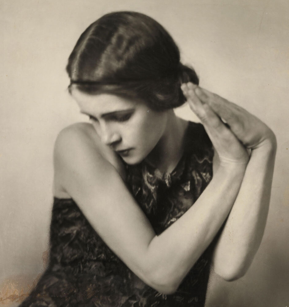 Edith von Schrenck, um 1919; Fotografin: Grete Kolliner, Wien; Quelle: Nachlass Edith von Schrenck, Waldemar-Bonsels-Stiftung, Münchner Stadtbibliothek / Monacensia #femaleheritage