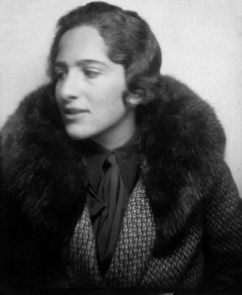 """Porträt Grete Weil - """"Ich biete an: meine Geschichte"""" - Erinnerungskultur und Blogparade #femaleheritage der Monacensia"""