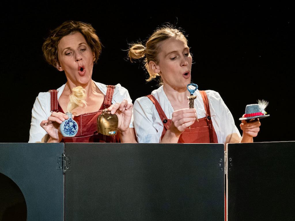 Lenis leidige Verwandschaft. Foto: Ingo Susemihl #femaleheritage - Lena Christ-Theater
